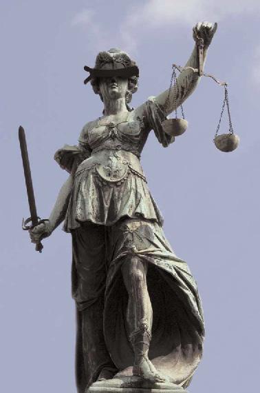 Justitia-med-ögonbindel